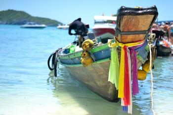 Таиланд восстанавливает внутренний туризм