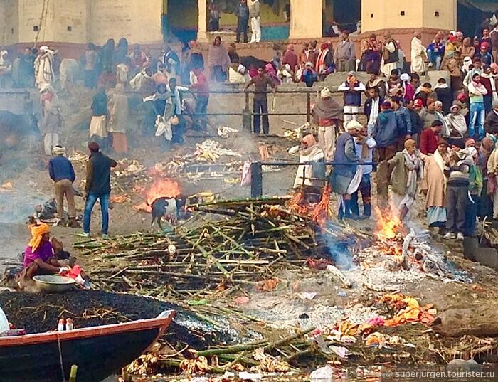 Варанаси — город вечного огня кремации