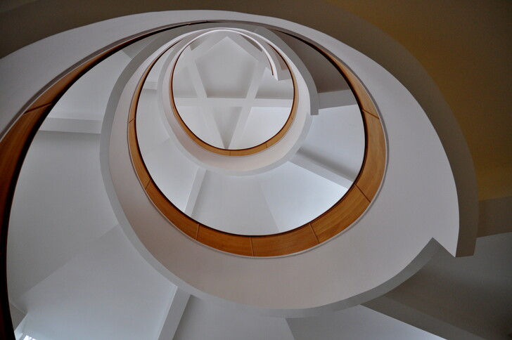 Спиральная лестница Музея истории и археологии Урала