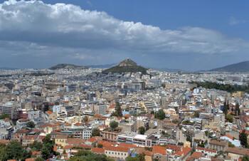 Греция с 15 июня будет принимать туристов из 29 стран