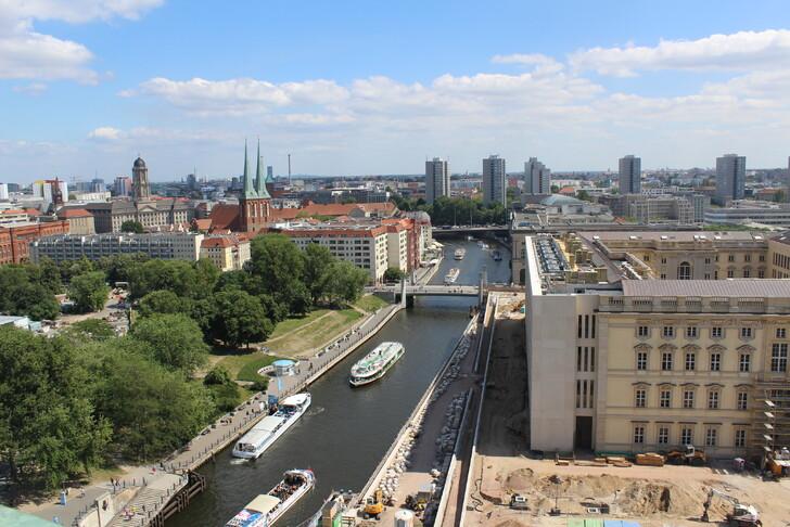 Вид с Берлинского кафедрального собора