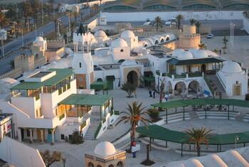 Тунис возобновит международное авиасообщение 27 июня