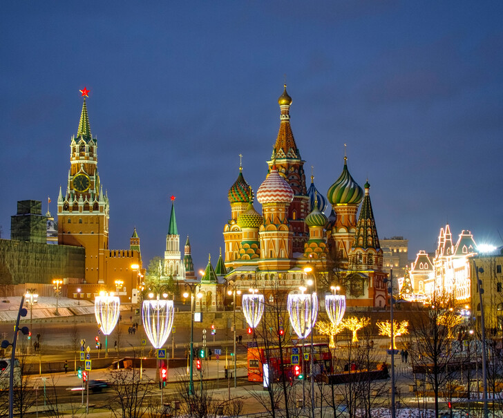 Собор Василия Блаженного и башни Кремля