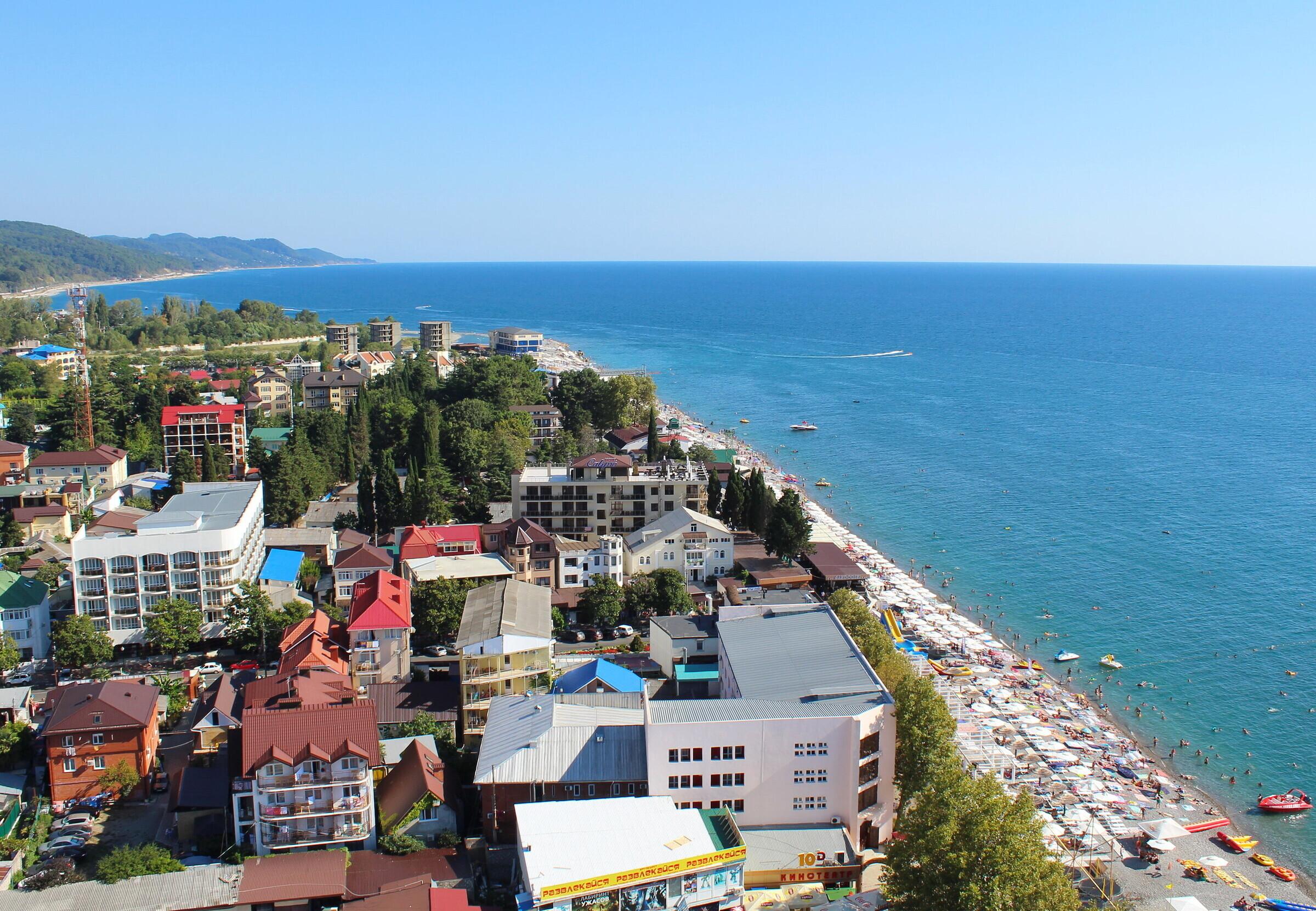 пляжи лазаревского фото с описанием