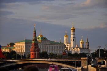 В Москве отменяют самоизоляцию, открывают террасы кафе и музеи