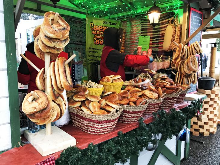 Новогодняя ярмарка на Советской площади