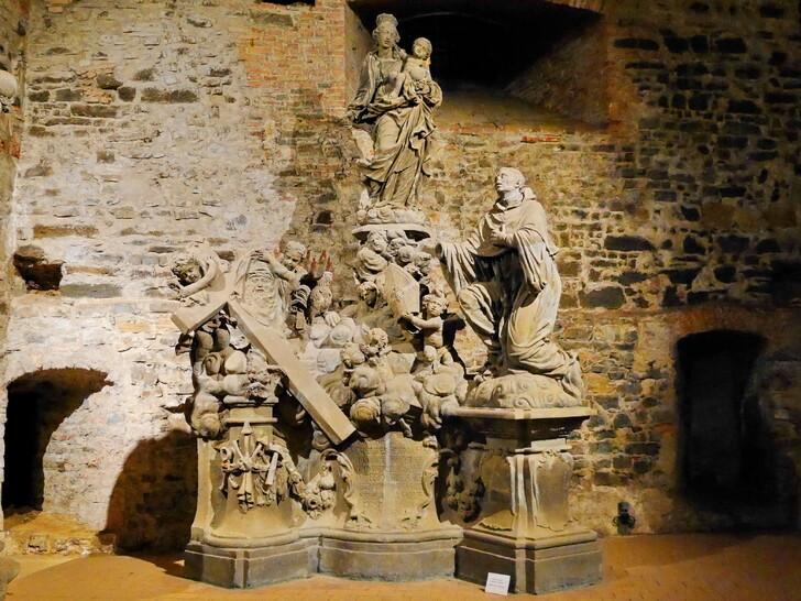 Скульптуры, хранящиеся в казематах Вышеграда