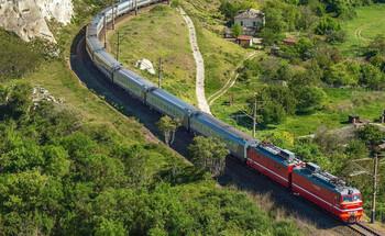 Поезд Петербург — Севастополь будет останавливаться в Москве