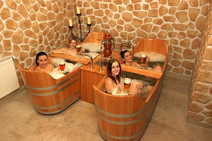 Дубовые купели для принятия пивных ванн