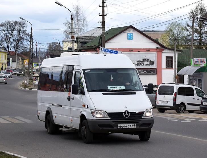 Автобус Тверь — Торжок
