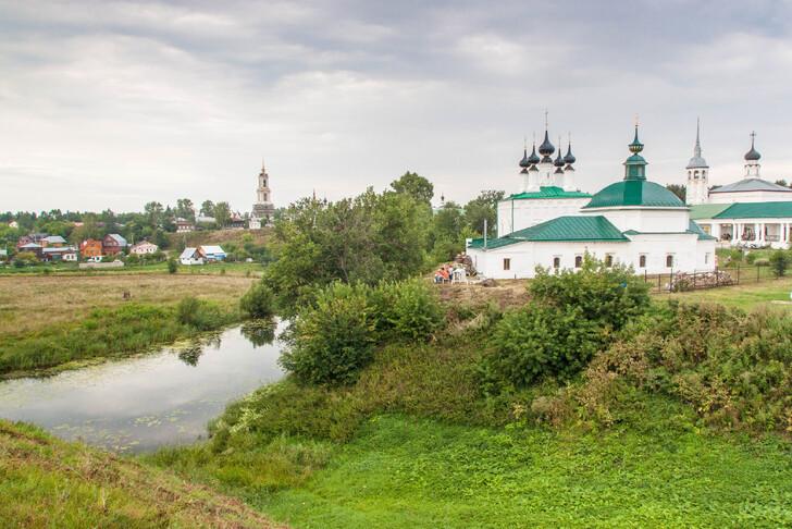 Александровский мужской монастырь