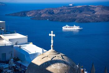 Круизный туризм в Греции может возобновиться в августе