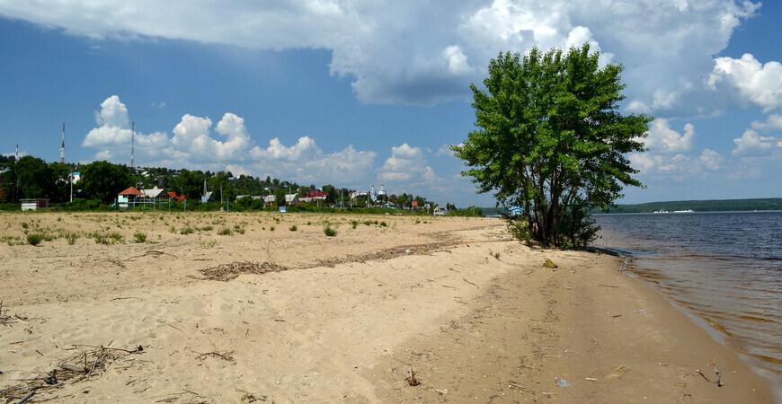 Пляж Верхний Услон