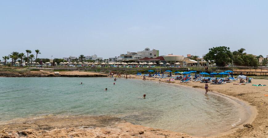 Пляж Пернера в Протарасе