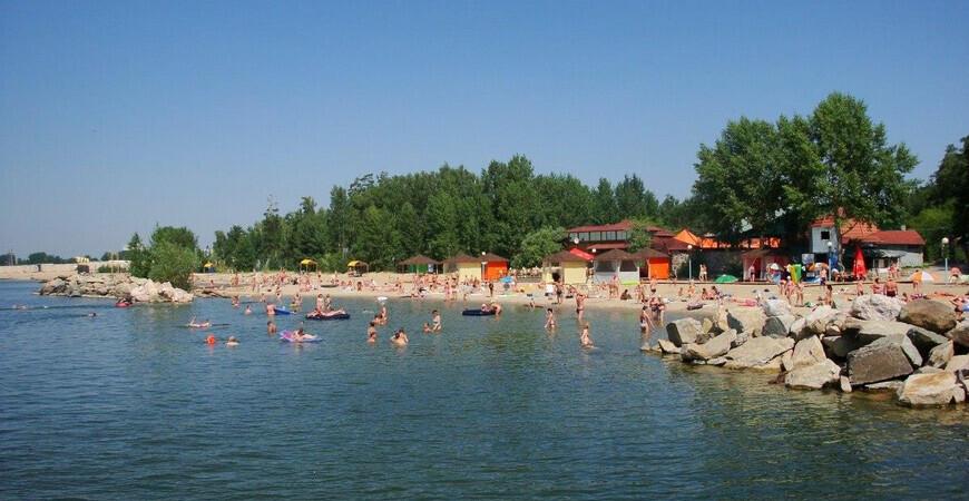 Пляж «Звезда» в Новосибирске («Неоком»)