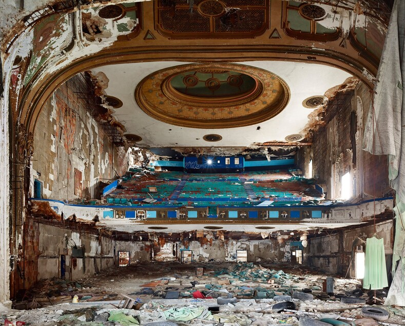 Канадский фотограф снимает заброшенные здания Детройта. Как умирает индустриальное сердце Америки (фото)