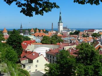 Эстония продлевает запрет на авиасообщение с рядом стран