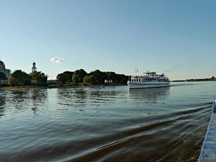 Круиз по реке Волхов