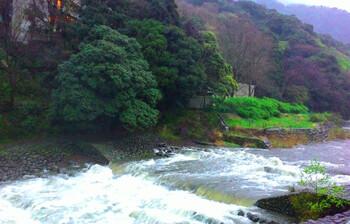 Юг Японии страдает от наводнений, есть жертвы