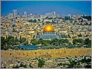 Минздрав Израиля рекомендует закрыть бары и синагоги в стране