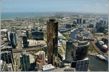 В Мельбурне вновь вводят карантин на шесть недель