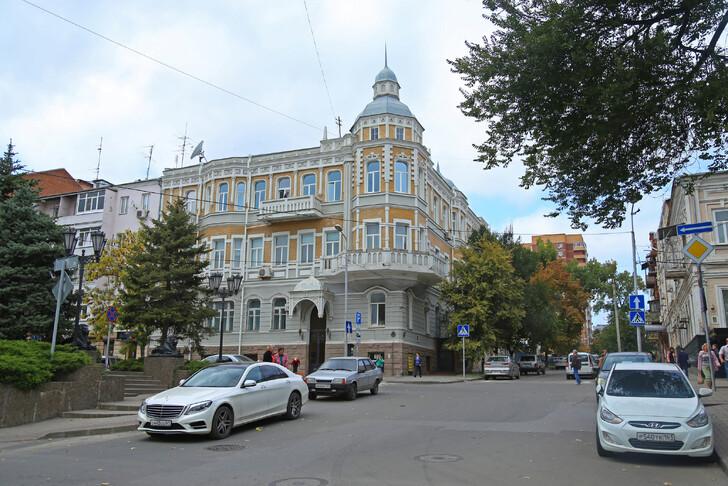 Особняк Ивана Зворыкина