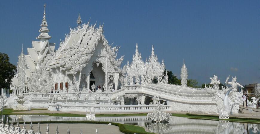 Белый храм в Чианграе (Ват Ронг Кхун)