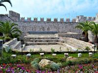 Древний замок над портом Мармариса