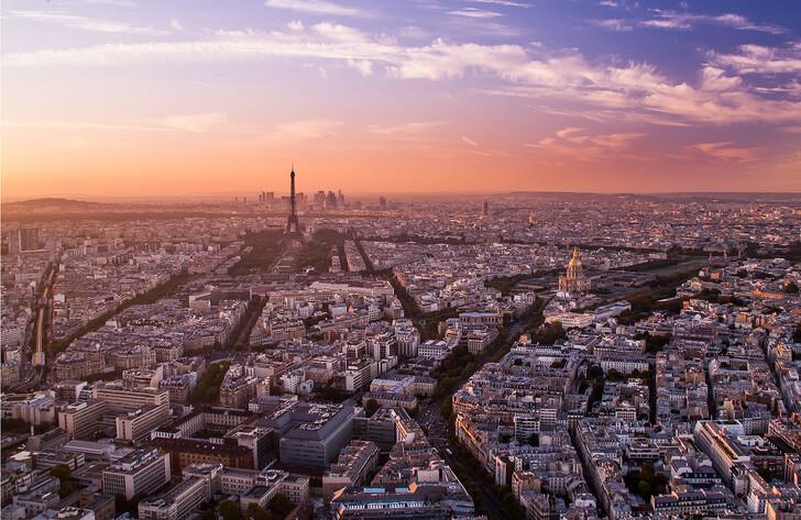 Куда сходить в Париже вечером