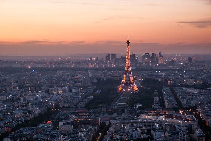 Ночной Париж с высоты
