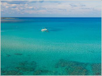 Кипр с23 июля будет принимать туристов из50 стран