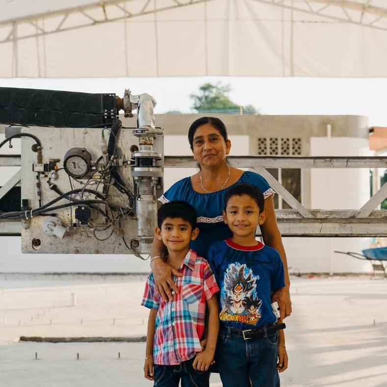 Дома для бедных за 24 часа: в Мексике напечатали деревню на 3D-принтере