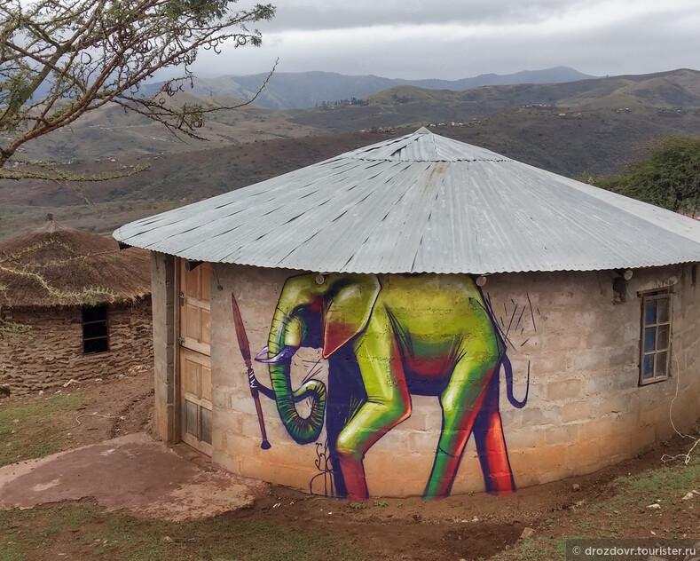 Граффитист из ЮАР создаёт из объектов городского пространства произведения искусства (фото)