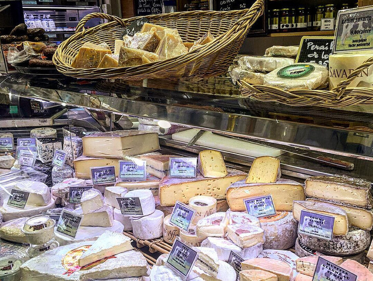 Бутик сыра Salon Du Fromage Hisada