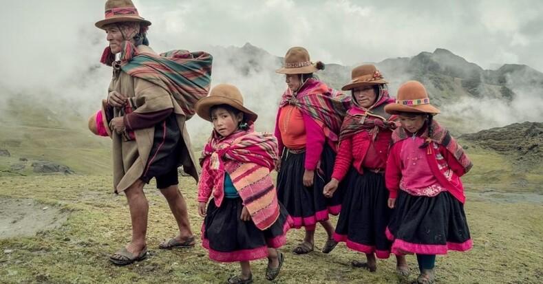 Пока они не исчезли: уникальный проект, ради которого фотограф жил в течение 3 лет в 35 разных племенах по всему миру