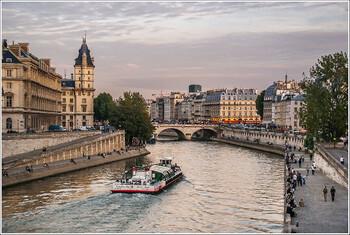 Франция вводит обязательное тестирование на COVID-19 для граждан 16 стран