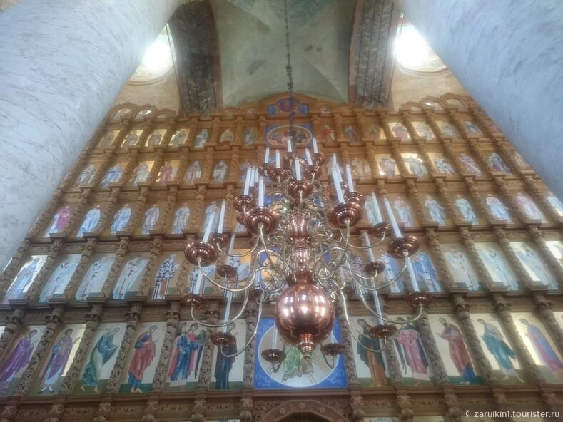 Удивительное убранство Успенского собора в Астрахани