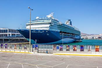 Шесть портов Греции откроются для круизных лайнеров в августе