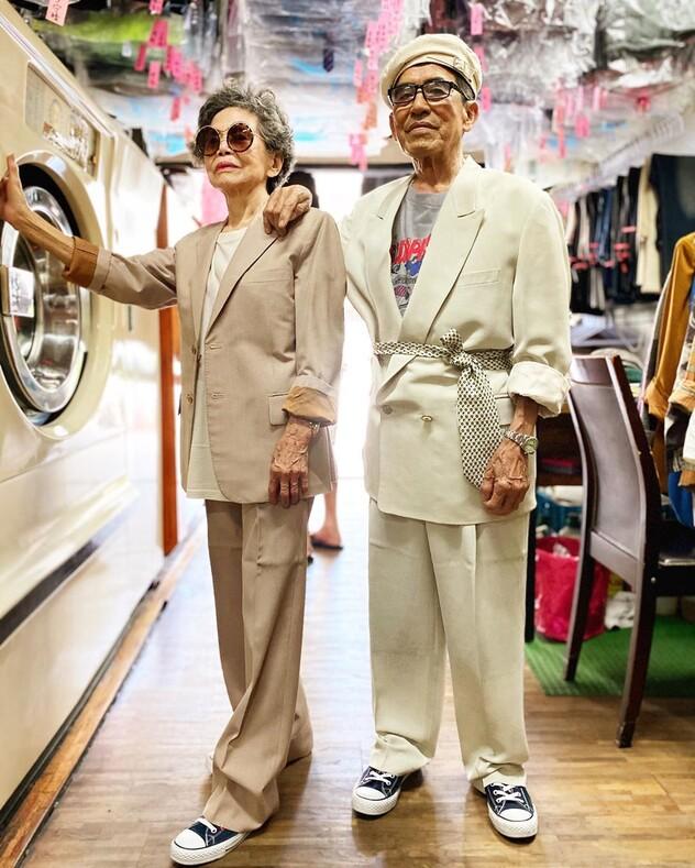 Стали модниками после 80-ти необычный способ напомнить клиентам прачечной о забытых вещах