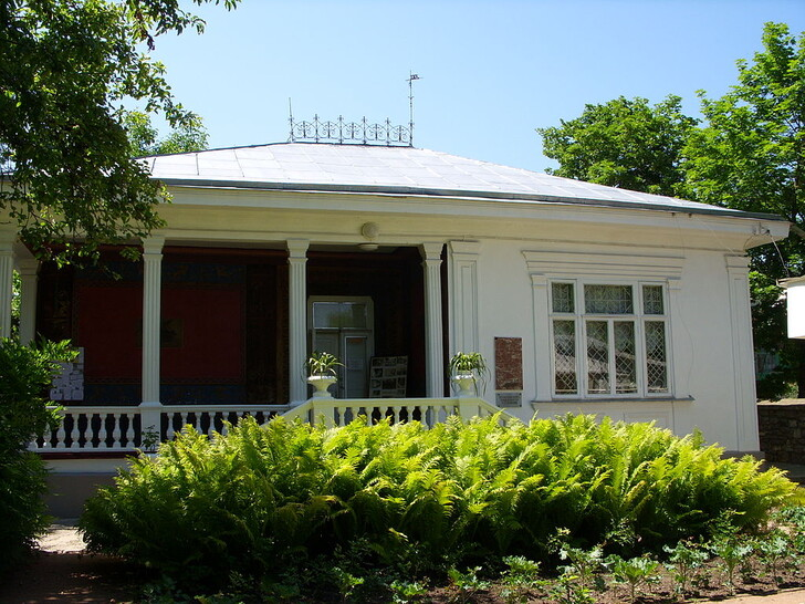 «Белая вилла» - Музей-усадьба художника Н.А. Ярошенко