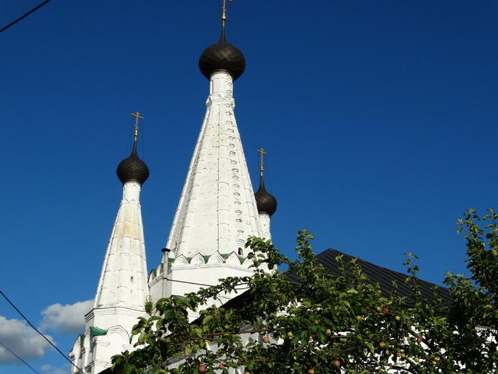 Успенская церковь Алексеевского монастыря