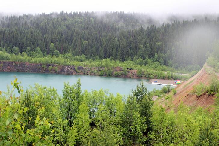 Александровские Голубые озера
