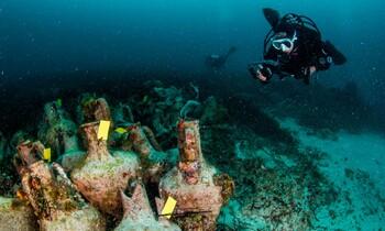 В Греции открылся первый подводный музей (видео)