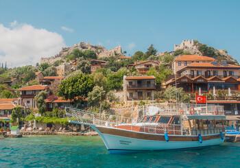 В АТОР рассказали, сколько туристов смогут отдохнуть в Турции в этом году