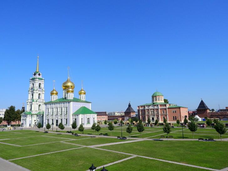 Успенский и Богоявленский соборы в Кремле