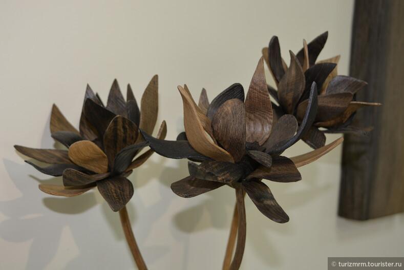 В Мордовии появилась выставка изделий из уникального материала - мореного дуба