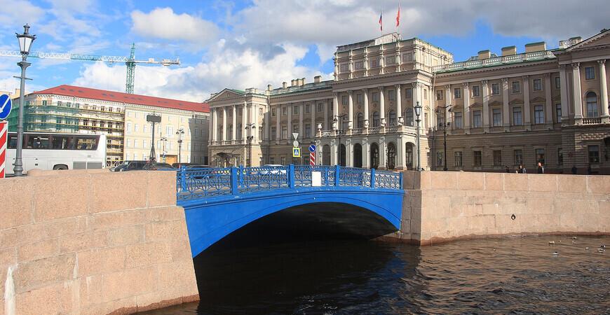 Синий мост<br/> в Санкт-Петербурге