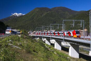 Туристический поезд Туапсе – Гагра запустят на днях