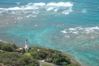 На Гавайях закрывают пляжи из-за роста числа случаев COVID-19