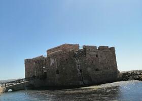 Пафос — город или памятник?